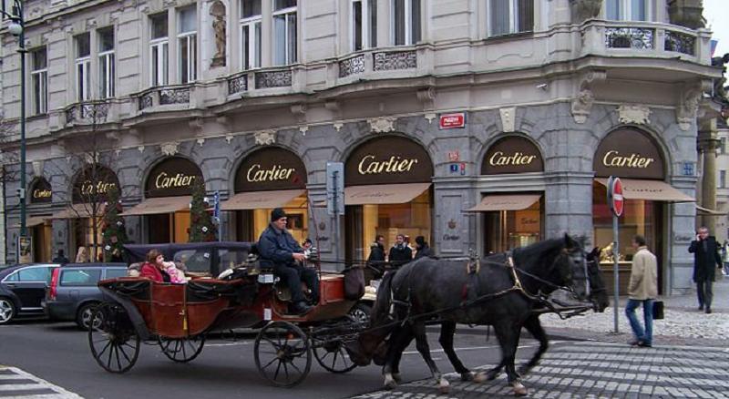 Luxury shopping on Pařížská street in Prague