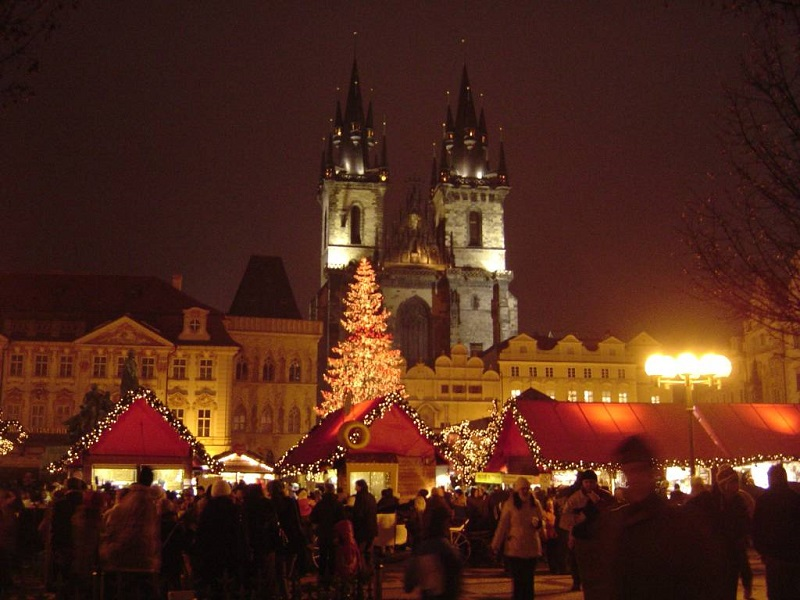 Live a magical Christmas in Prague
