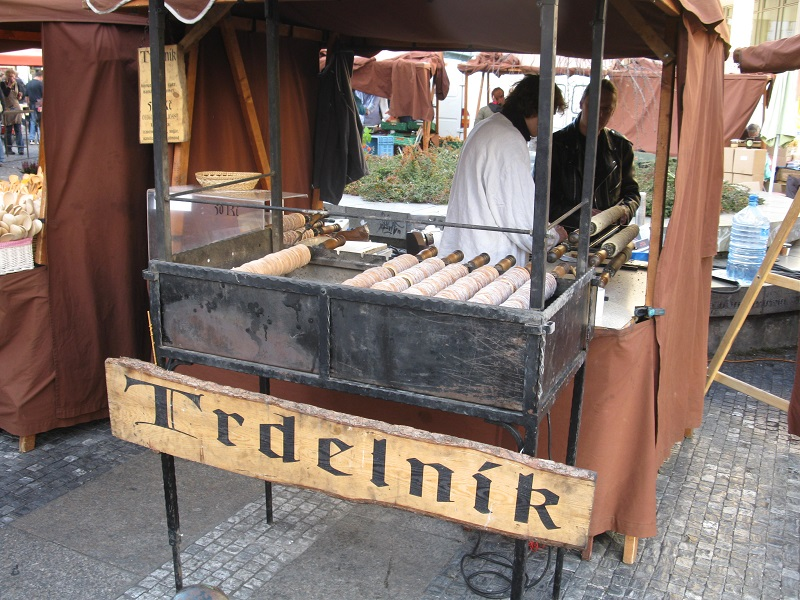 Typical place to enjoy trdelník in the streets of Prague